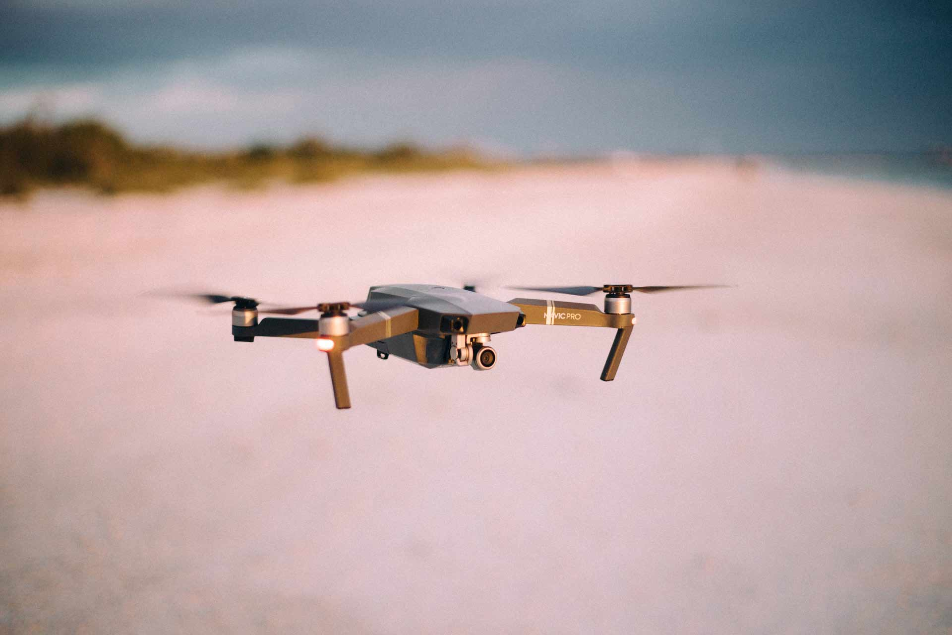 aerial-aeroplane-blur-close-up-378268